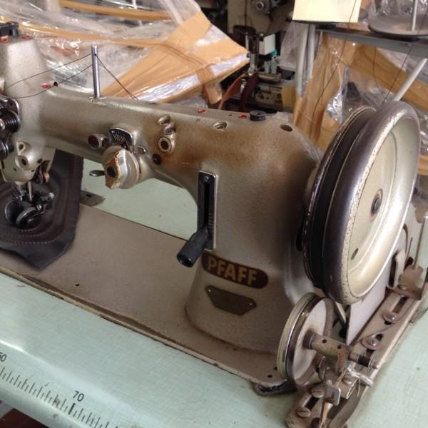 Macchina da cucire pfaff 38 2 aghi sopra e sotto morini for Macchine da cucire usate